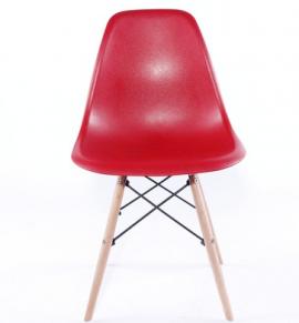 Ghế nhựa chân gỗ màu đỏ