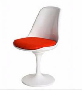 ghế nhựa tulip lót đệm pu